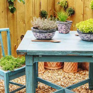 table-chair-garden-3360342-2